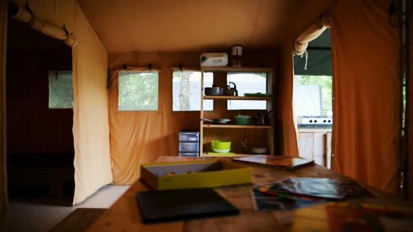 De nombreux rangements rendent le bungalow fonctionnel