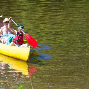 Louer des canoës-kayaks en famille