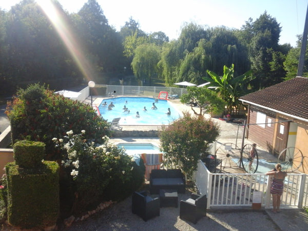 Plan en hauteur de la piscine du camping