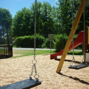 Aire de jeux sécurisée pour les enfants