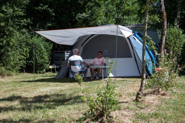 Emplacement nature pour camping en tente du camping