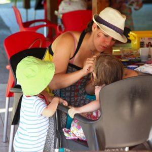 Atelier maquillage pour les petits au club enfant